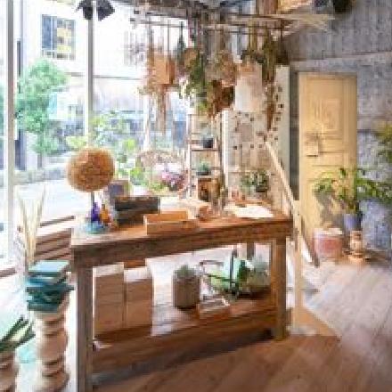 新しいメガネ選びに挑戦する店舗「メガネの田中 g.g.WAREHOUSE南堀江」(大阪)がオープン