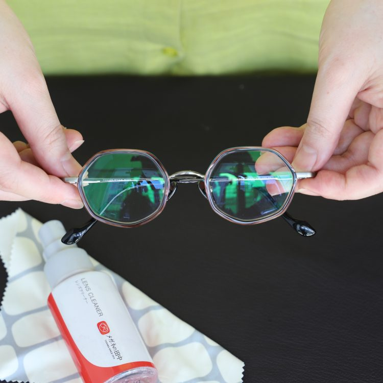 おうちでできる「メガネのクリーニング」